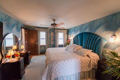 1940s-bedroom-1