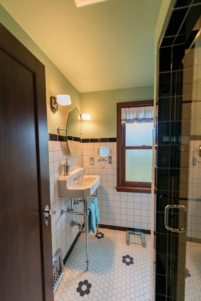 white and black tile bathroom