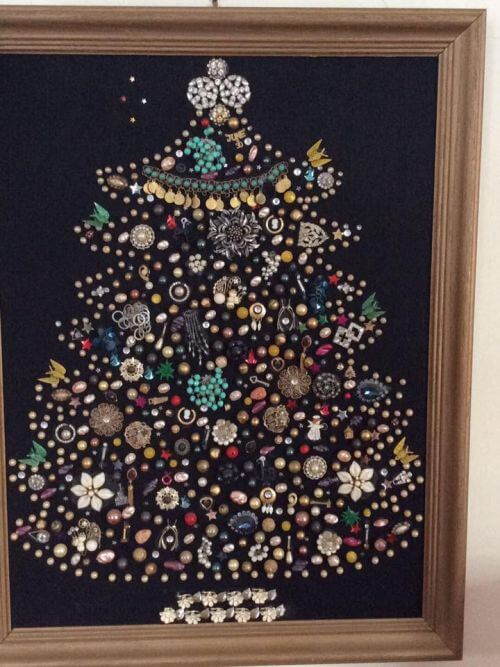 broken-costume-jewelry-christmas-tree