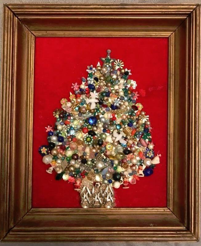 broken-jewelry-christmas-tree
