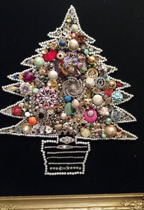 costume-jewelry-tree