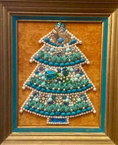 framed-christmas-tree-costume-jewelry