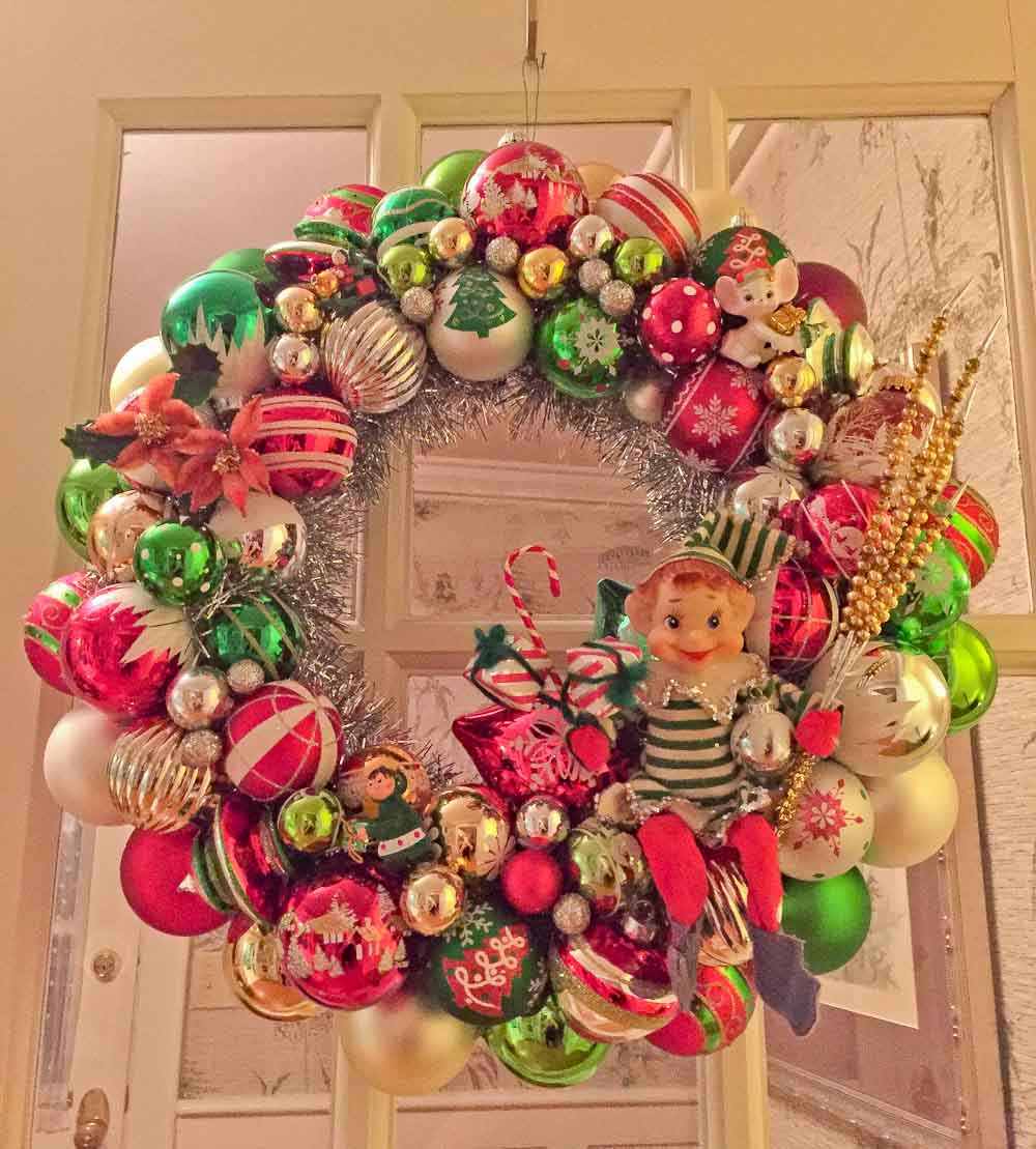 Are The Ornaments On Your Ornament Wreathsing Loose?