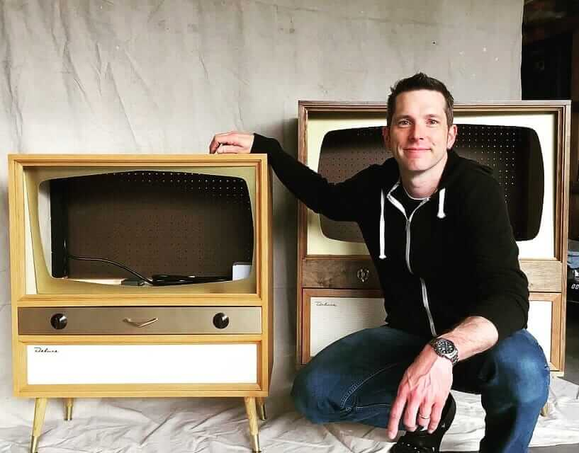 Good Our Story Earlier This Year About The Midcentury Modern Style TV Cabinet  That Jeff Built For His Modern Flat Screen Led To Two More Commissions For  This ...