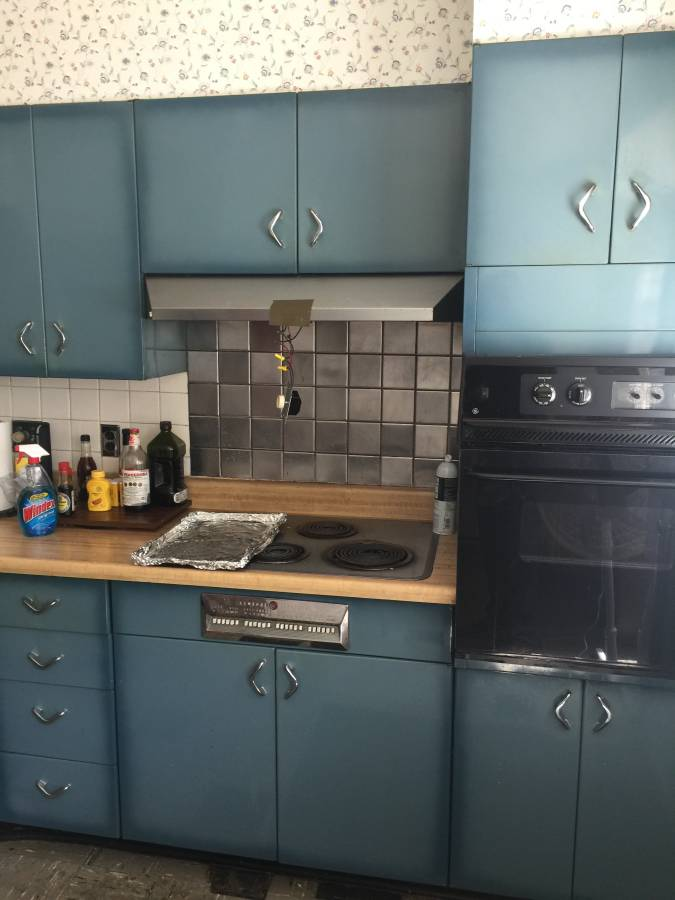 Burnt Blue Youngstown Steel Kitchen Cabinets What A Lovely Color
