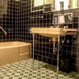 beautiful deco bathroom vintage