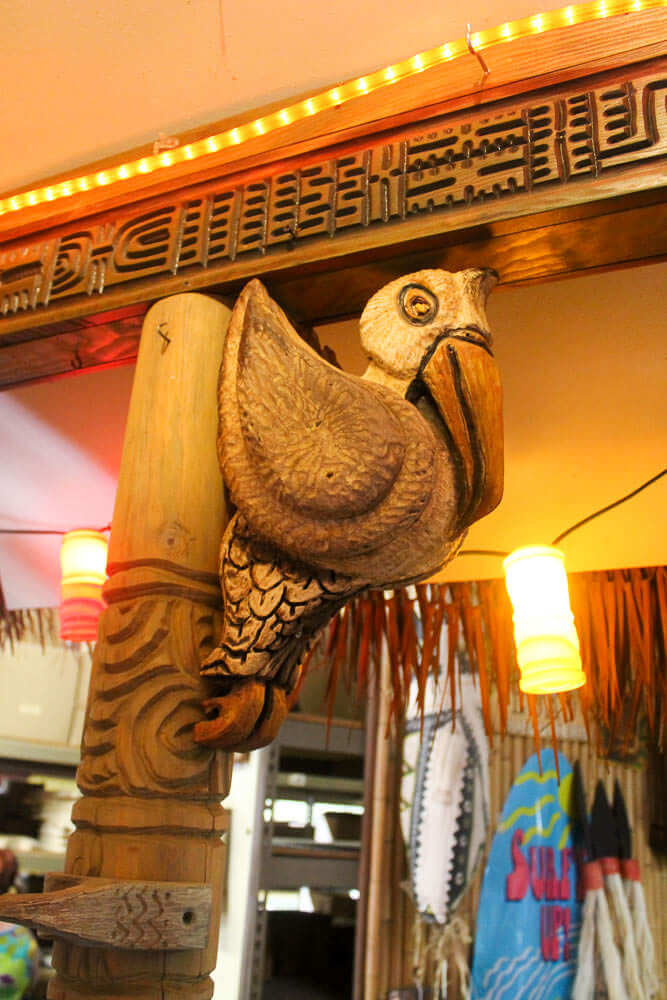 pelican wood carving by LeRoy Schmaltz
