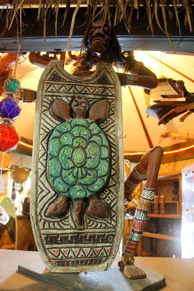 turtule carving by LeRoy Schmaltz