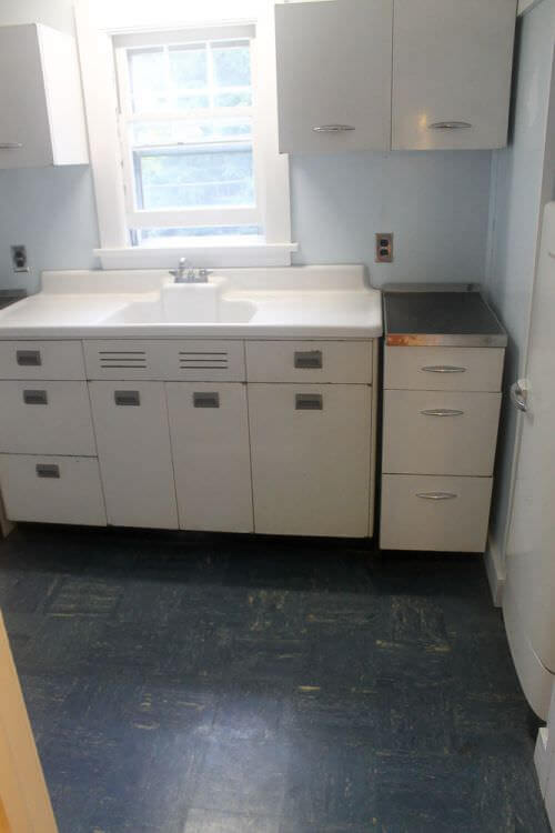 Two 1948 Kitchens In Mary And Duane S Time Capsule House