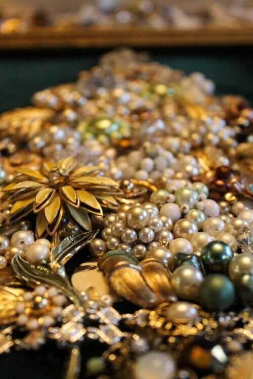 make jewelry christmas tree