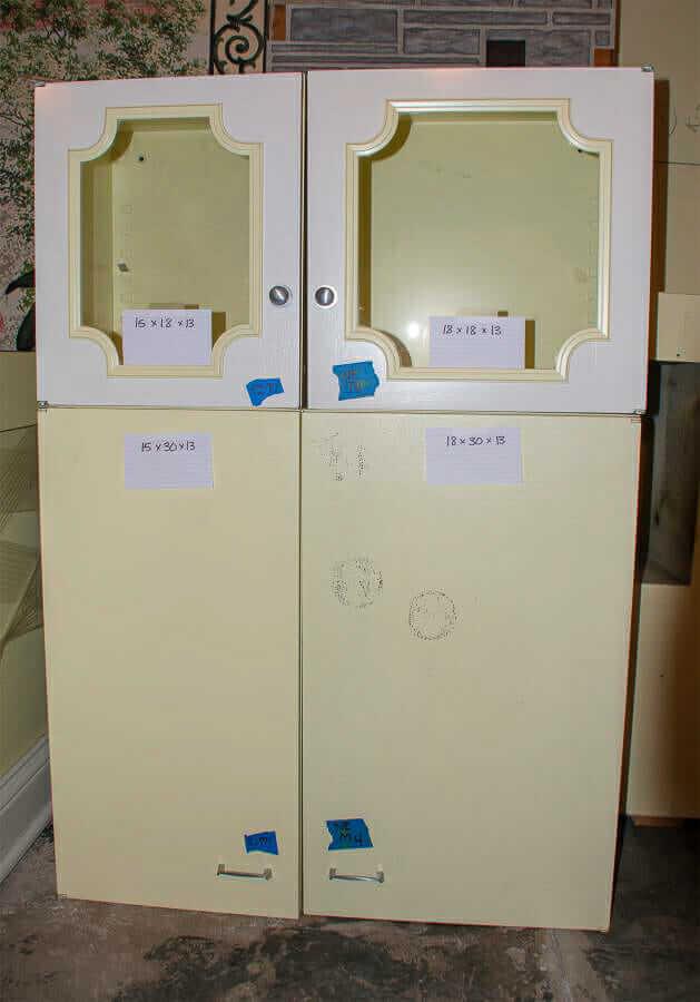 pretty yellow kitchen cabinets