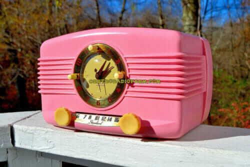 1951 Pink Lang radio