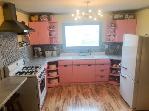 Pink kitchen retro remodel