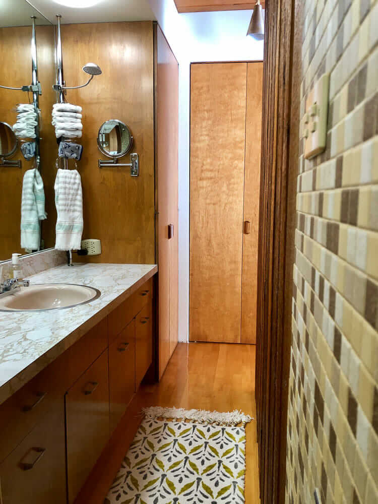 midcentury modern mosaic tile bathroom walls
