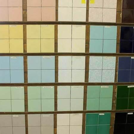 retro bathroom tile