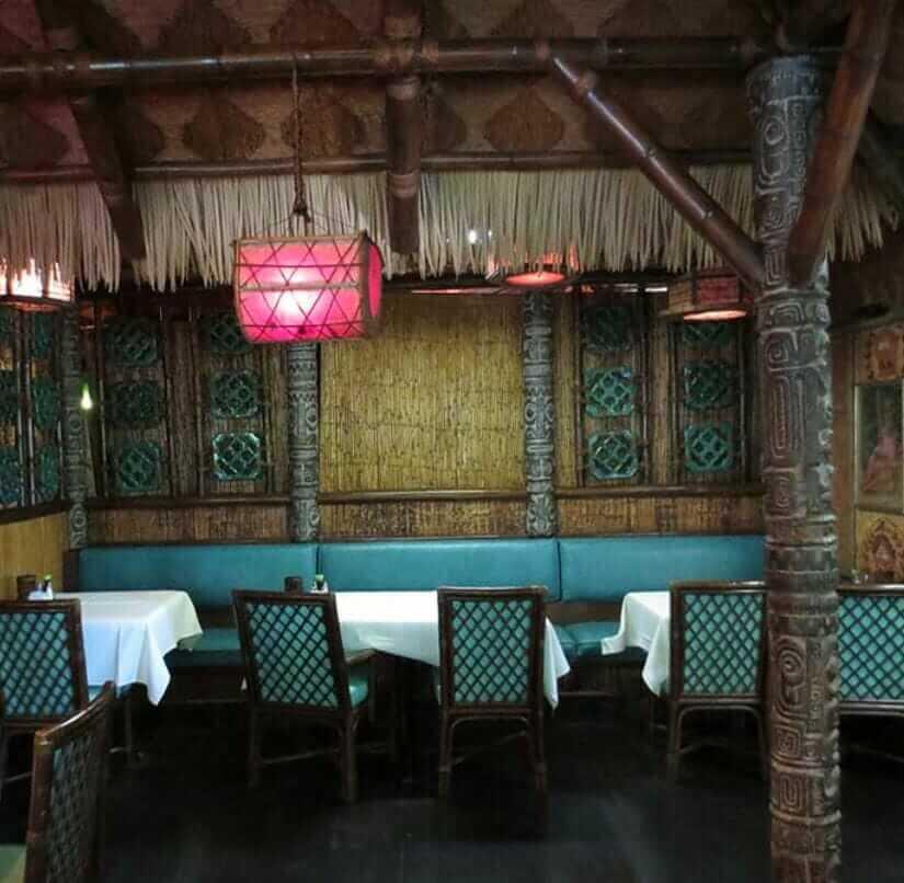 seagrass squares on ceiling of mai kai