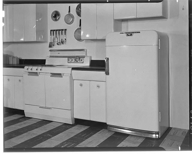 Raymond Loewy American brand steel kitchen 1951