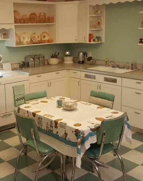 vintage green kitchen dinette