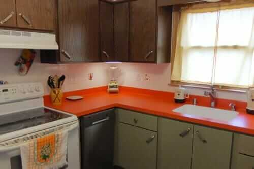 brady bunch kitchen style