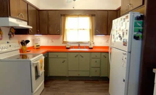 brady bunch kitchen remodel