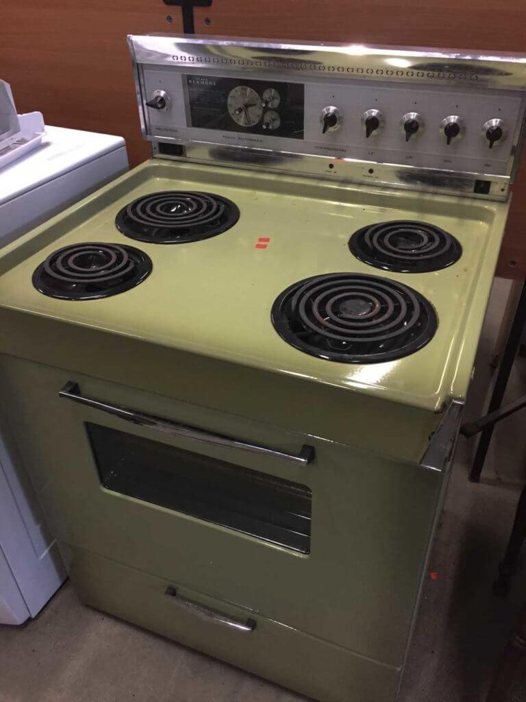 kenmore kitchen stove range in avocado